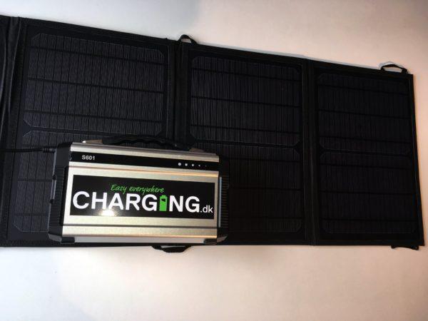 200 watt Powerbank med 230 volt stikkontakt